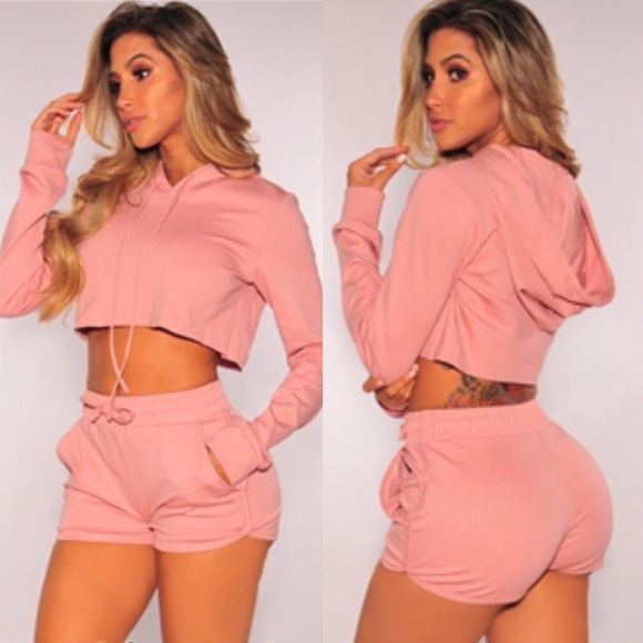 0eaa2c5a5 Dusty Rose Hoodie Shorts Two Piece Set. M_5ab99f9edaa8f60d977494a8